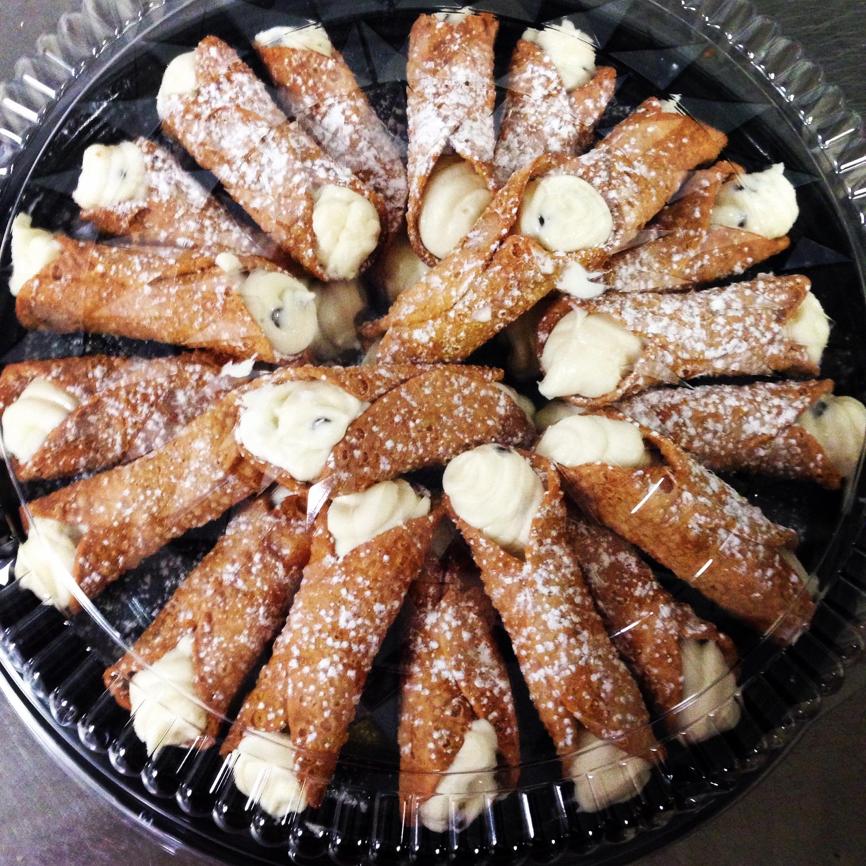cannoli tray